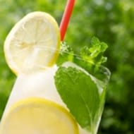 6 Foods to Keep Hydrated for Summer