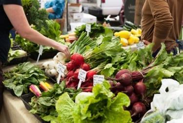 Shopping the Farmer's Market Like a Pro | Embody Movement Pilates Studio blog